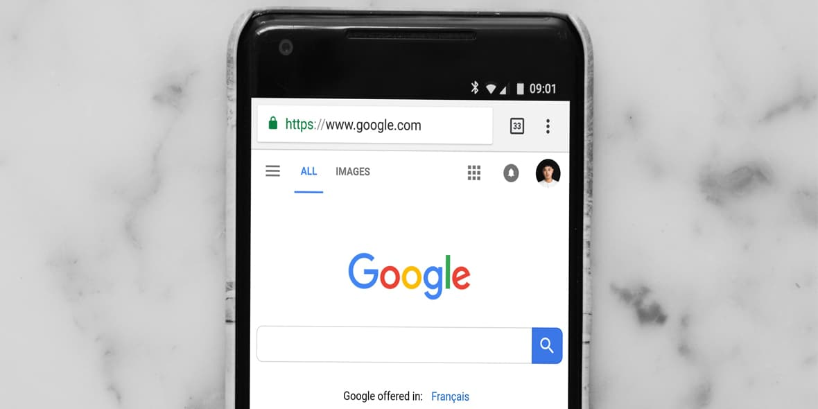 Google search engine open on mobile device